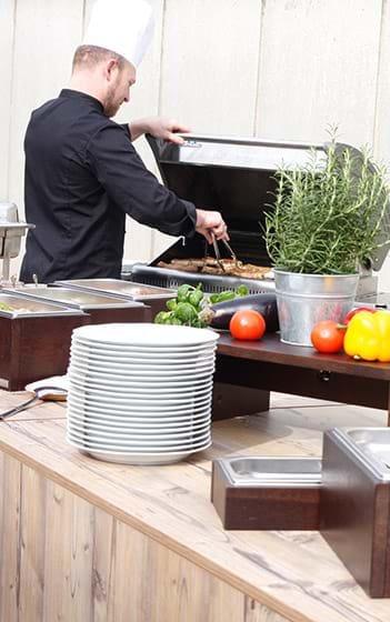 Grill BBQ Sommerfest Sommerfeier Grillbuffet