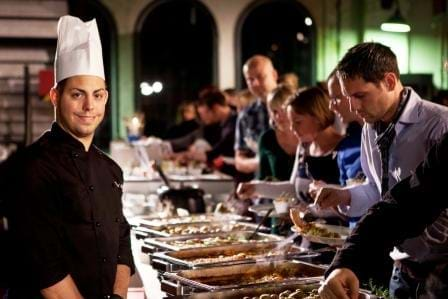 Traditionelles Weihnachtsbuffet für Firmen